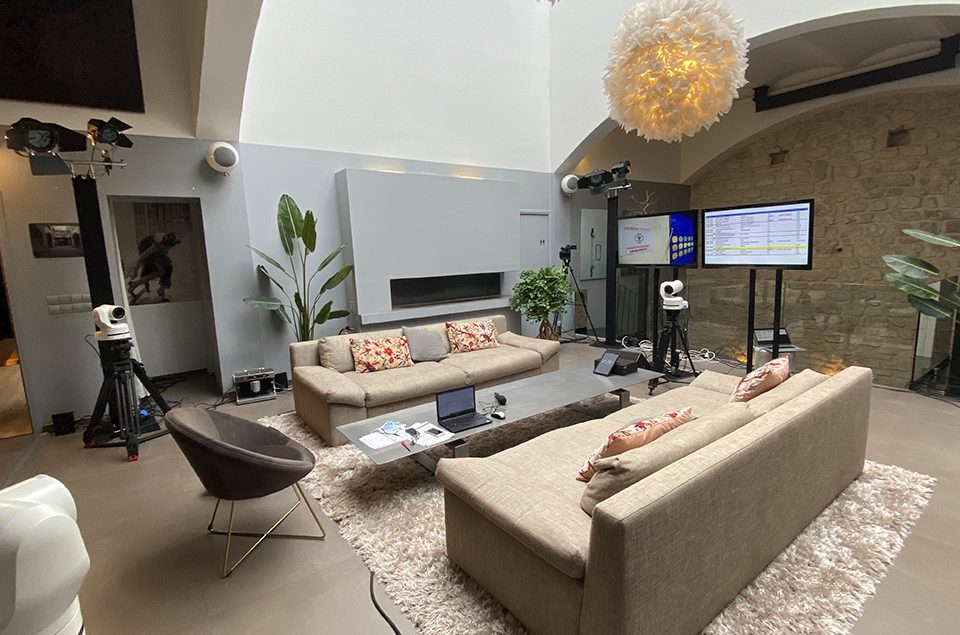 Clichy : location plateau TV pour vos interviews, émissions, tournage cinéma